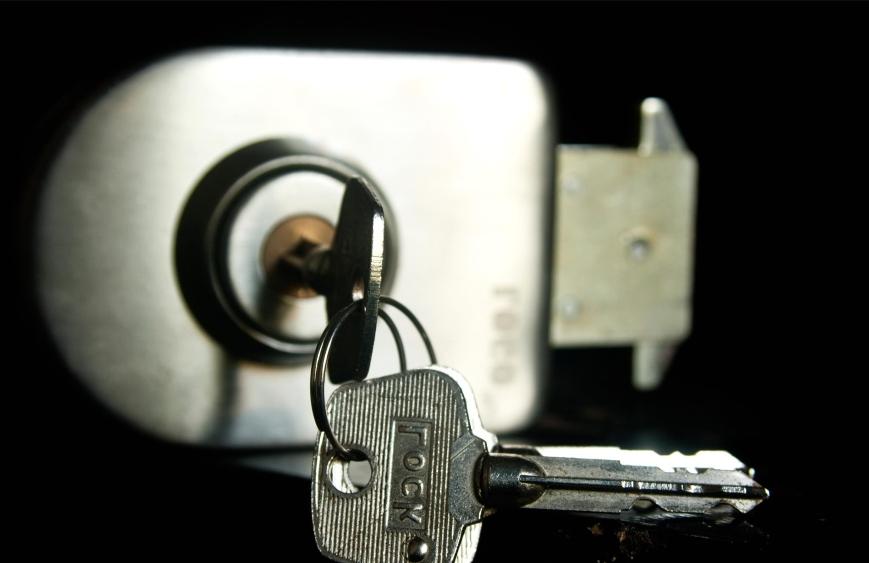 extraer llave de una cerradura